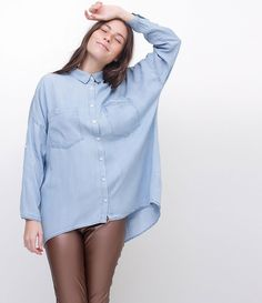 247eff560 Camisa Jeans Ampla - Lojas Renner. Camisa feminina Modelo amplo Manga longa  ...