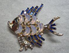 Trifari Clair de Lune Fish Pin Brooch Rhinestone Moonstone A Philippe 1949 | eBay