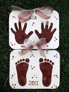 Children's Hand Print and Foot Print Keepsake Clay | Heart Handmade Blog