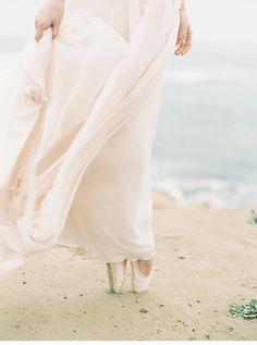 blush coastal wedding inspiration by Carmen Santorelli Photography and To La Lune