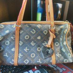 Dooney & bourke Shoulders purse Dooney & Bourke Bags Shoulder Bags