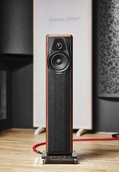 Monitor Speakers, Bookshelf Speakers, Audio Speakers, Floor Standing Speakers, Speaker Design, High End Audio, Loudspeaker, Audio Equipment, Audiophile