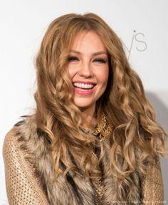 . Thalia, Make A Wish, Long Hair Styles, Celebrities, Beauty, Hair, Celebs, Long Hairstyle, Long Haircuts
