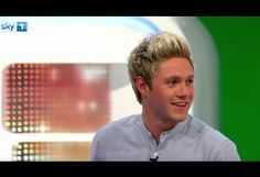 This Video Of Niall Horan Trying To Shake His Body Is Peak Neil | MTV UK