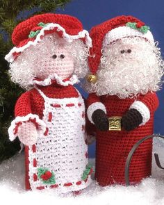Crochet Mr. and Mrs. Clause bottle toppers