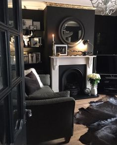 Home Interior Living Room .Home Interior Living Room Dark Living Rooms, My Living Room, Living Room Interior, Home And Living, Living Room Decor, Gothic Living Rooms, Glamour Living Room, Interior Livingroom, Small Living