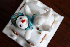 Unique snowman mini Christmas cakes by Copper Top Cakes, Nottingham