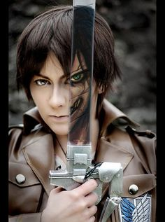WOW WHAT AN AMAZING EREN COSPLAY