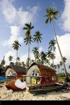 A true Hawaiian | http://ideasforbedroomdecor.blogspot.com