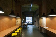 Monvínic Store Barcelona | Alfons Tost Interior design Stores, Conference Room, Barcelona, Interior Design, Table, Furniture, Home Decor, Space, Nest Design