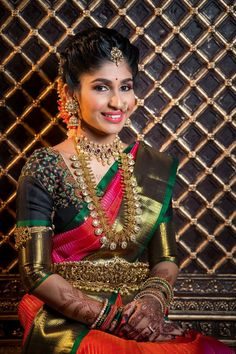 pretty gold coin jewellery for a South Indian bride. See more on Indian Bridal Sarees, Indian Bridal Fashion, Indian Wedding Jewelry, Bridal Jewelry, Gold Jewellery, India Jewelry, Temple Jewellery, South Indian Bride Jewellery, Bridal Sarees South Indian
