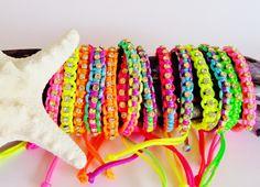 beach bracelets, friendship bracelets with stones bij kokomoi.nl