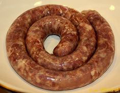 Cooking Home-Made Sausage - English Russia Russian Recipes, Homemade Jerky, Homemade Sausage Recipes, How To Make Sausage, Sausage Making, Carne, Home Made Sausage, Specialty Meats, Gastronomia