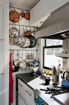 30 Kitchen Pots And Pans Storage Solutions 30 Kitchen Pots And Pans Storage Solutions Kitchen Pans, Kitchen Appliance Storage, Small Kitchen Storage, Condo Kitchen, Kitchen Remodel, Kitchen Appliances, Kitchen Island, Small Kitchen Solutions, Kitchen Furniture
