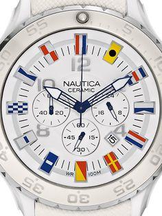 Pánske hodinky Nautica NST Flag Ceramic A43508G majú minerálne sklíčko a remienok/náramok z materiálu kaučuk, silikón, plast. Púzdro hodiniek Nautica NST Flag Ceramic A43508G je z materiálu keramika. Pánske hodinky Nautica NST Flag Ceramic A43508G majú funkcie: stopky / chronograf, dátum, luminiscenčné ručičky. Vodotesnosť je 10 ATM / 100 m.