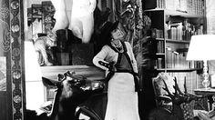Мадемуазель Шанель в своей квартире на улице Камбон