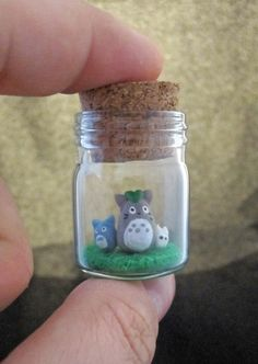 omigah. totoro, totoro. <3 this, my friends, was my favorite cartoon movie when i was a child .. er, now ..