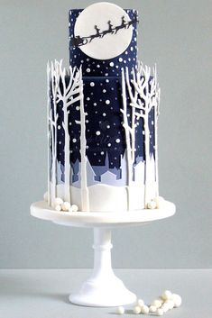 Delightful Christmas Cakes And#8211; Ideas What to Cook ★ See more: http://glaminati.com/delightful-christmas-cakes/