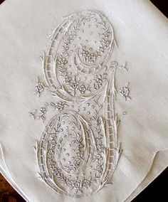 Antique Style: Hanky Primer Antique Monogrammed Hankies…perfect for the mother of the bride and mother of the groom Embroidery Monogram, Embroidery Transfers, White Embroidery, Vintage Embroidery, Ribbon Embroidery, Embroidery Patterns, Monogram Fonts, Monogram Initials, Fru Fru