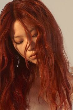long red hair and hairstyle with layers and beachy waves Red Hair asian red hair Asian Red Hair, Red Orange Hair, Red Hair Color, Red Hair Tan Skin, Long Red Hair, Long Curly, Dark Hair, Beautiful Red Hair, Lily Evans