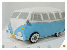 Kombi em Feltro Felt Patterns, Stuffed Toys Patterns, Hobbies And Crafts, Diy And Crafts, Baby Toys, Kids Toys, Kawaii Felt, Fabric Toys, Felt Toys