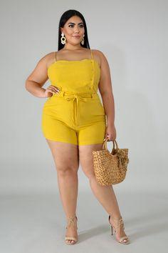 Plus Size Bristol Short Set Curvy Fashion Summer, Curvy Women Fashion, Plus Size Fashion, Trendy Plus Size, Plus Size Women, Bodysuit Fashion, Most Beautiful Indian Actress, Indian Beauty Saree, Sexy Skirt