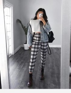 Plaid pants, denim jacket white sweater and black Dr martens, winter school outfit inspo Winter Fashion Outfits, Look Fashion, Korean Fashion, Fall Outfits, Summer Outfits, Fashion Women, 90s Fashion, Fashion Hub, Autumn Fashion