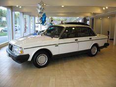 1990 Volvo 240 DL - vintage.