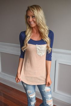 Navy & Peach Pocket Top – The Pulse Boutique