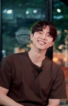 Gong Yoo Coffee Prince, Goblin, Kdrama, Actors, Feelings, My Love, Angles, Films, Chicago