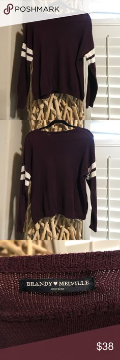 "Womens Brandy Melville maroon sweater Like New in great condition. No signs of wear. ""One size"" fits a great S/M Brandy Melville Sweaters Cowl & Turtlenecks"