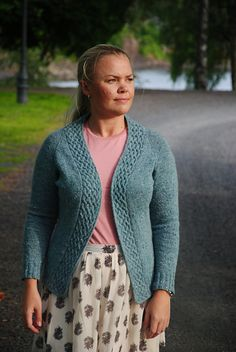 Ravelry: Lombard Street Cardigan pattern by Maria Magnusson (Olsson)