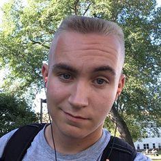 Mens hair in general Cool Haircuts, Haircuts For Men, Barber Shop Haircuts, Flat Top Haircut, Shaved Head, Stylish Hair, Short Hair Cuts, My Hair, Sexy Men