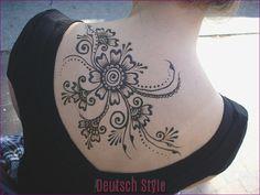 Henna Tattoos, Music Tattoos, Foot Tattoos, New Tattoos, Tattoos For Guys, Beautiful Henna Designs, Cool Designs, Mehndi, Weird Sites