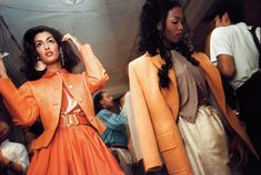 Shooting backstage for Isaac Mizrahi, photographer Nick Waplington killed a lot of time with supermodels like Naomi Campbell. 90s Fashion, World Of Fashion, High Fashion, Fashion Show, Fashion Trends, Original Supermodels, 90s Models, T Magazine, 90s Hairstyles