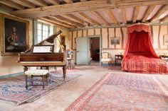 Location vacances manoir / chateau Savonnières: La chambre Balzac - Piano Erard en très bonne état.