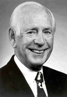 June 18th, 2002 - Jack Buck, American baseball announcer died at 77.  Jack Buck died in St. Louis's Barnes-Jewish Hospital from a combination of illnesses. Buck was interred at Jefferson Barracks National Cemetery in south St. Louis County, Missouri. Buck's youngest son, Joe, read the eulogy at his father's church funeral. http://www.thefuneralsource.org/deathiversary/june/18.html
