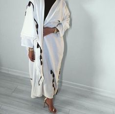 Abaya Fashion, Muslim Fashion, Modest Fashion, Fashion Outfits, Modern Abaya, The Cardigans, Modele Hijab, Hijab Trends, Sleeves Designs For Dresses