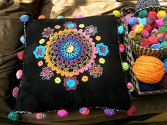 ~ crochet cushion ~ so BoHo! Love Crochet, Crochet Motif, Diy Crochet, Crochet Designs, Crochet Flowers, Crochet Patterns, Beautiful Crochet, Crochet Cushions, Crochet Pillow