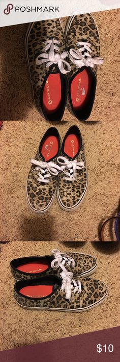 Airwalk Shoes Size 7 1/2 Cheetah print Airwalk Shoes Airwalk Shoes Sneakers
