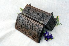 Jewelry box Ring box Wooden box Lock box Wood carving Jewellery box Wooden jewelry box Jewelry organizer Jewelry box wood Wooden boxes Wooden jewellery box This beautiful jewelry box with lock and key is carved walnut wood. Inside the wooden box bottom is covered by a velvet. Before