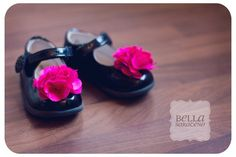 Shoe clips for baby/toddler shoes