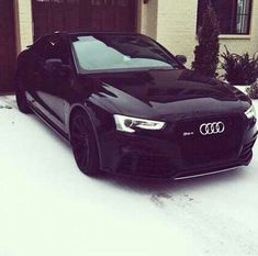 That Audi though - Dream cars - Autos Sexy Cars, Hot Cars, Bugatti, Dream Cars, Mercedes Benz, Carros Audi, Automobile, Luxury Sports Cars, Audi R8 V10