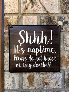 ********************************************************************************* Shhh! Its Naptime Please do not knock or ring doorbell! Wood Door Sign / Doorbell Sign *WREATH NOT INCLUDED* • Quality, Handmade, painted wood sign. Lettering is painted on. (No vinyl or stickers on