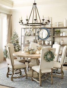 Open shelving in dining space ❤️