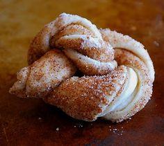 Food I Love: Easy King Cake Knots