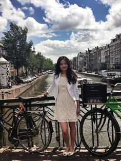The story of an international entrepreneur! From China, to France, and then to London! Fluent English, Entrepreneur, Graduation, Success, France, China, London, Moving On, College Graduation