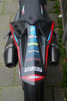 Ktm Dirt Bikes, Mx Bikes, Yamaha Motorcycles, Sport Bikes, Dirt Bike Tattoo, Enduro Motocross, Bike Stickers, Pit Bike, Motosport