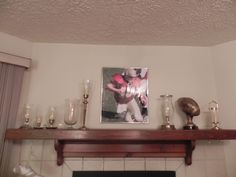 Super Bowl mantle