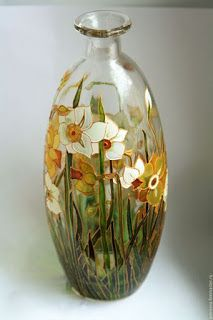 Free course learn the technique of stained glass false step ~ lodijoella Painting Glass Jars, Painted Glass Vases, Glass Painting Designs, Bottle Painting, Glass Art, Sea Glass, Glass Bottle Crafts, Bottle Art, Stained Glass Paint